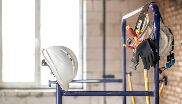 Outil De Construction De Travail. Accessoires Du Constructeur. Concept De Rénovation De Maison Et De Maison. Photo gratuit