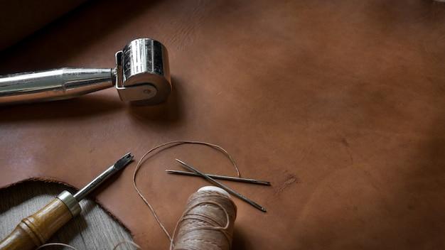 Outils de fabrication de cuir Photo Premium