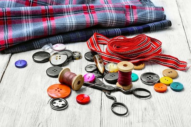 Outils pour la couture et la couture Photo Premium