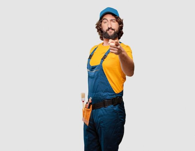 Ouvrier bricoleur face à un défi Photo Premium