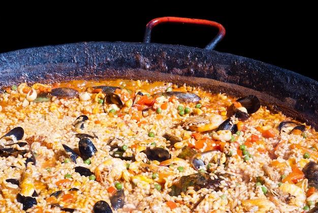 Paella au fruits de mer Photo Premium