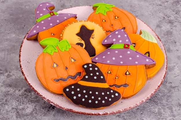 Pain d'épice maison avec des photos pour halloween Photo Premium