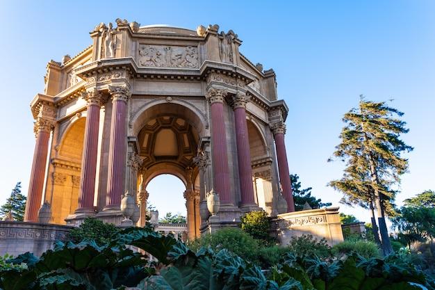 Palais Des Beaux-arts Le Matin Photo Premium