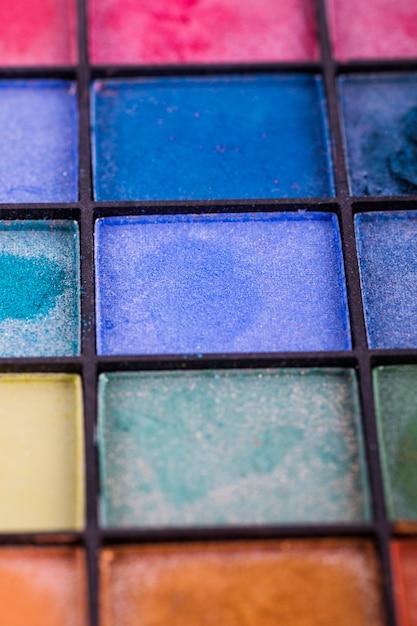 Palette d'ombres à paupières colorées Photo gratuit