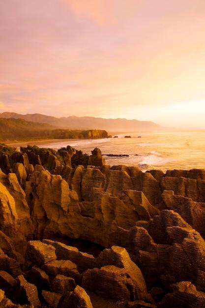 Pancake Rocks, Punakaiki, île Du Sud, Nouvelle-zélande. Photo Premium