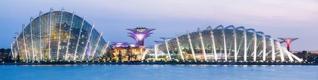 Panorama singapore garden par la baie Photo Premium