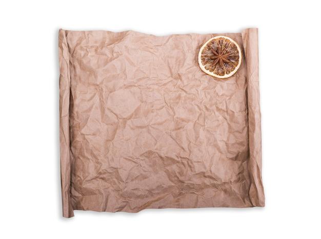 Papier kraft brun défilement vierge froissé Photo Premium