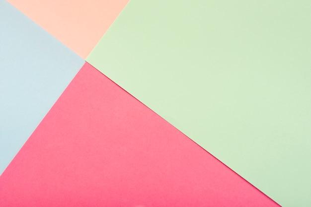 Paquet de feuilles de carton pastel Photo gratuit