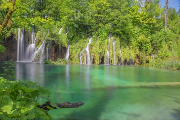 Parc National Des Lacs De Plitvice Photo Premium