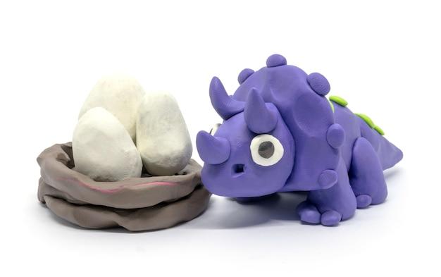 Pâte à Modeler Triceratops Et œufs Photo Premium