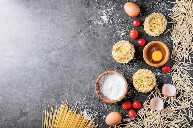 Pâtes italiennes traditionnelles Photo Premium