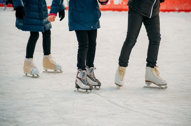 Patinage sur patinoire Photo Premium
