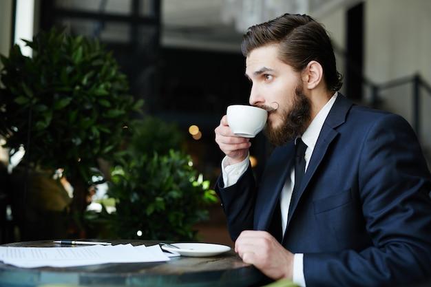 Pause de l'homme d'affaires Photo gratuit