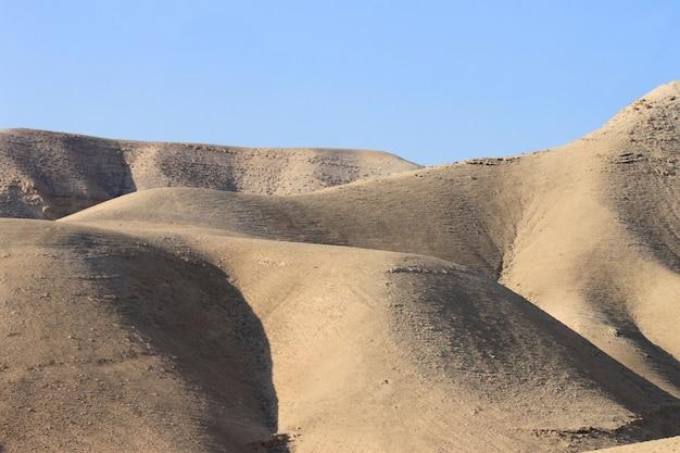 Paysage désertique près de jérusalem, israël Photo Premium