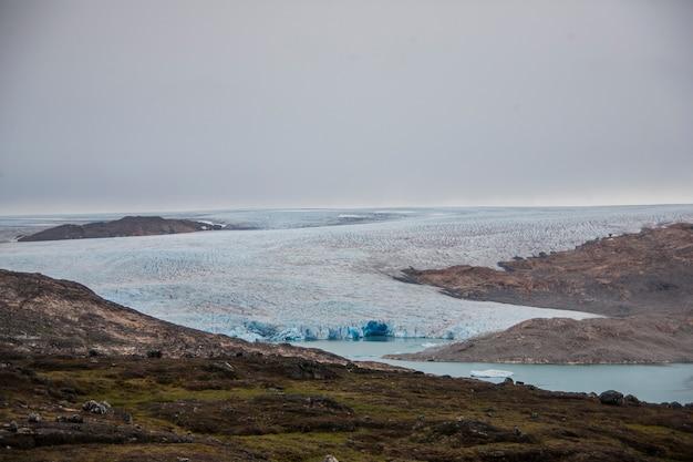 Paysage D'été Dans Les Fjords Du Groenland Photo Premium