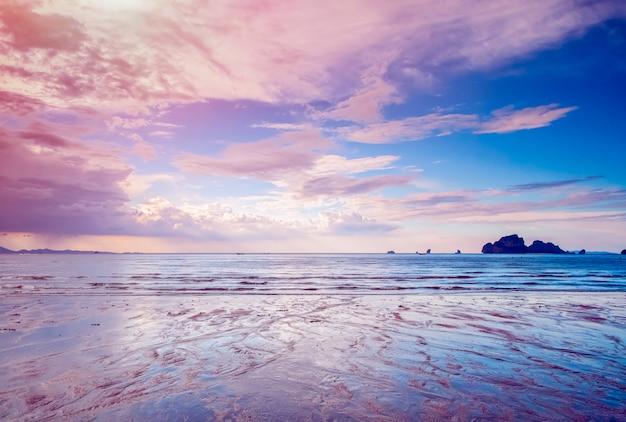 Paysage d'île tropicale Photo Premium