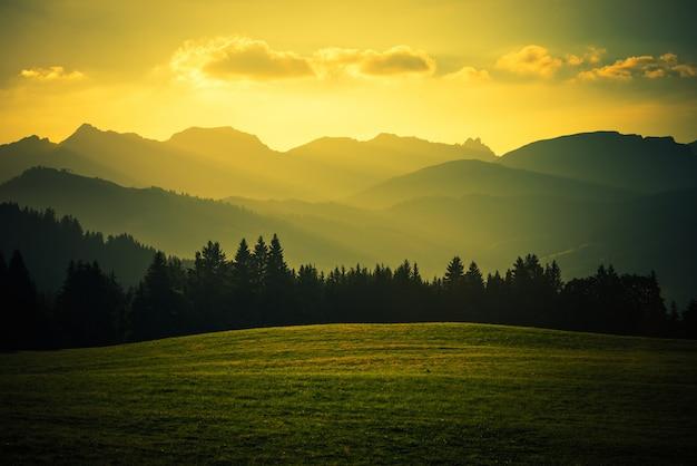Paysage De Montagne Scénique Photo gratuit