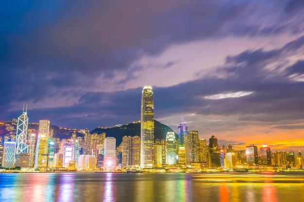 Paysage urbain de belle architecture dans la ville de hong kong Photo gratuit