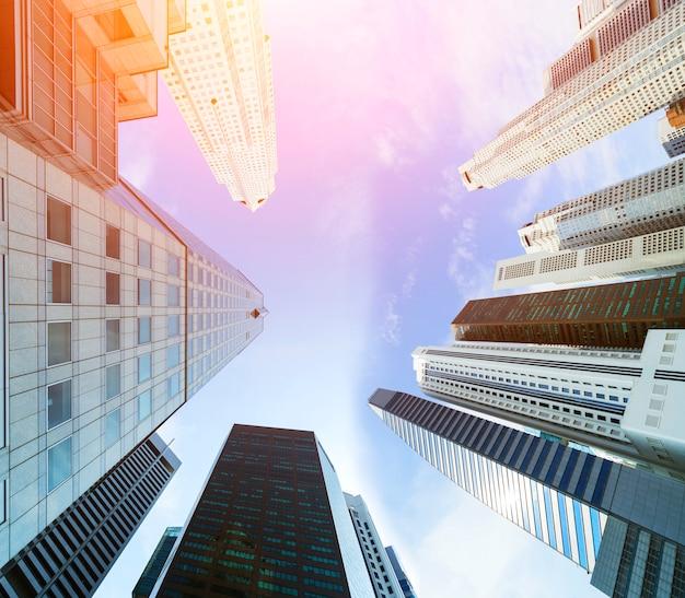 Paysage urbain du centre-ville et gratte-ciel de bâtiments à l'architecture moderne. Photo Premium