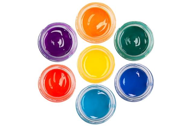Peindre dans le verre jurs sur l'isolé Photo Premium