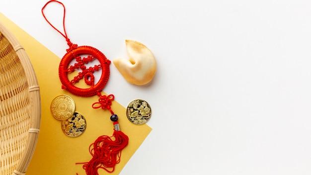 Pendentif nouvel an chinois avec biscuit de fortune Photo gratuit