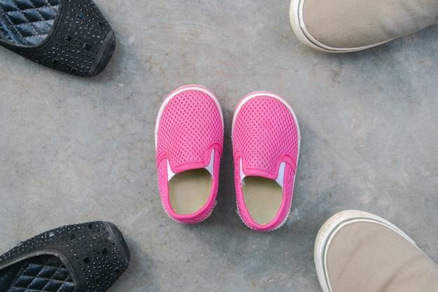 Fille Chaussures Mère SolFamille Protège Et Au Père Le Fils ID2eYWEH9