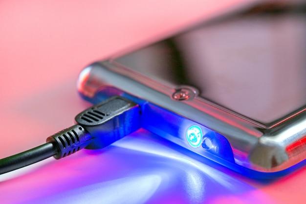 Périphérique de stockage. dispositifs techniques connectés à l'information. concept technologique Photo Premium