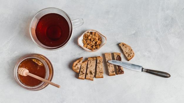 Petit déjeuner avec des céréales Photo gratuit