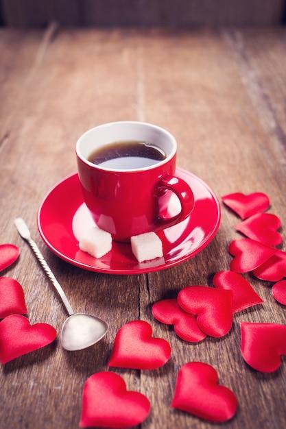Petit déjeuner du matin pour la saint valentin Photo Premium