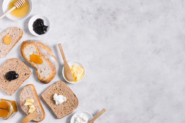 Petit Déjeuner Avec Pain Et Confiture Et Espace Copie Photo gratuit