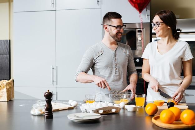 Petit déjeuner de la saint valentin Photo gratuit