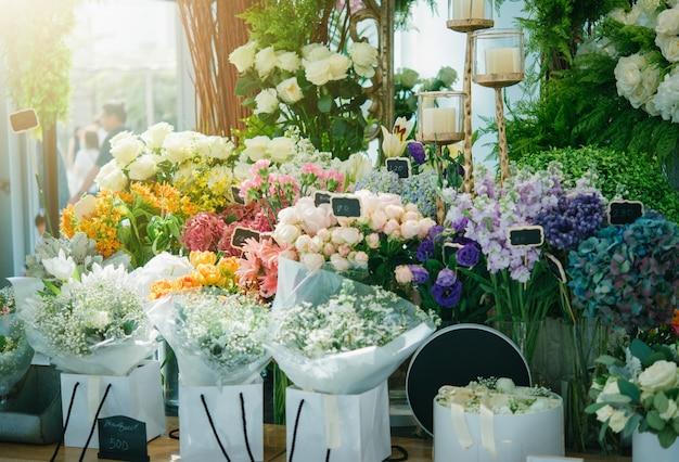 Un petit magasin de fleurs Photo Premium