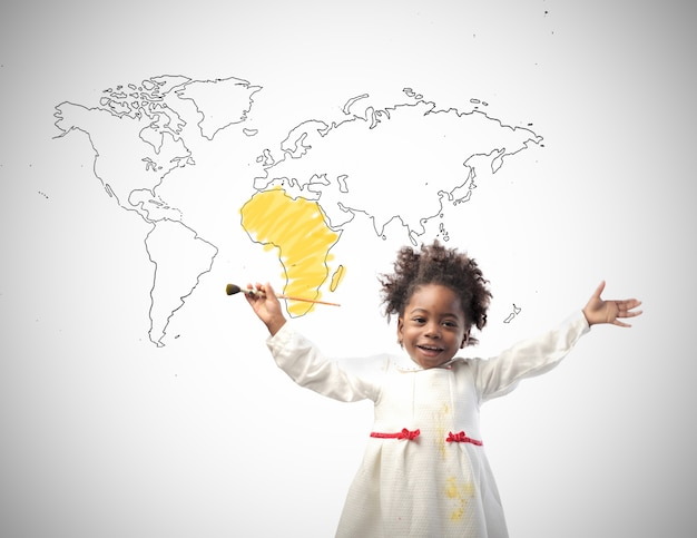 Petite Fille Africaine Avec L'afrique Photo Premium