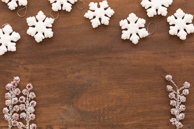 Petits flocons de neige aux baies Photo gratuit