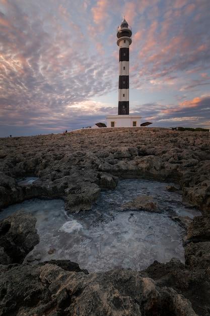 Phare De Far De Artrutx à Ciutadella, Côte Sud De L'île De Minorque, Espagne. Photo Premium