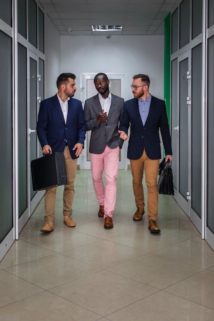 Photo complète de gens d'affaires modernes Photo gratuit