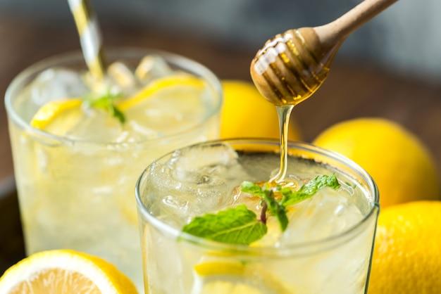 Photographie de boisson au soda au citron et au miel Photo gratuit
