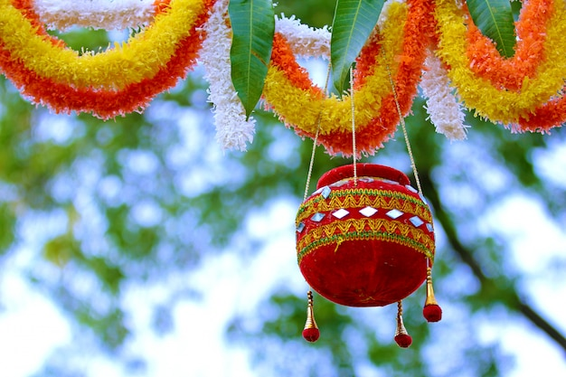 Photographie du festival dahi handi en inde Photo Premium