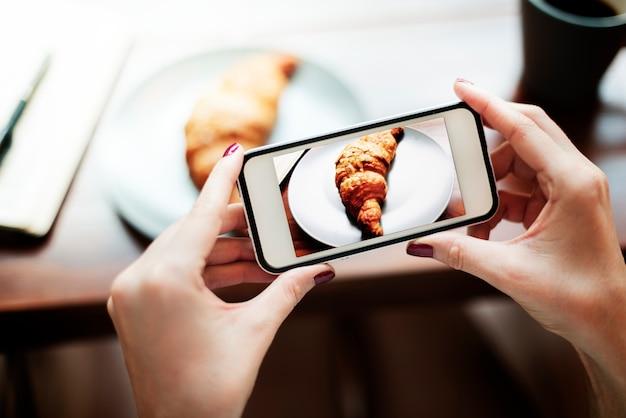 Photographie photo tir croissant boulangerie concept Photo gratuit