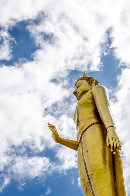 Phra buddha mongkhon maharaj. thaïlande. Photo Premium