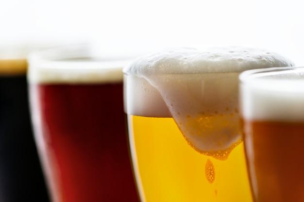 Pintes de bière macro Photo gratuit