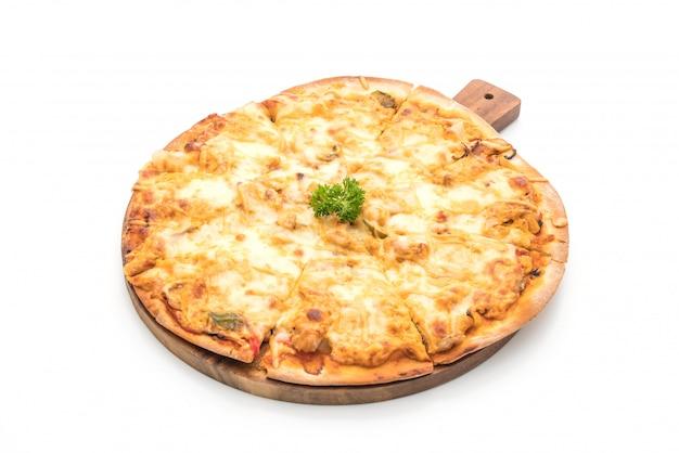 Pizza au poulet grillé avec sauce aux mille îles Photo Premium