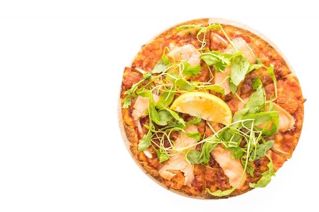 Pizza au saumon fumé Photo gratuit