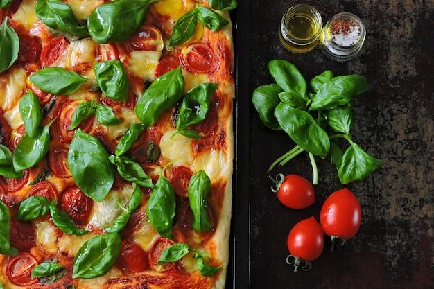 Pizza caprese. régime céto Photo Premium