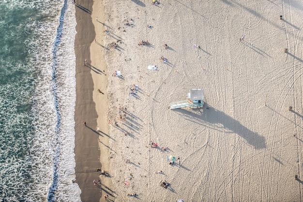 Plage De Santa Monica, Vue Depuis L'hélicoptère Photo Premium