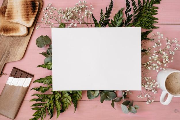 Plantes, Café, Pain, Chocolat Et Modèle Photo gratuit