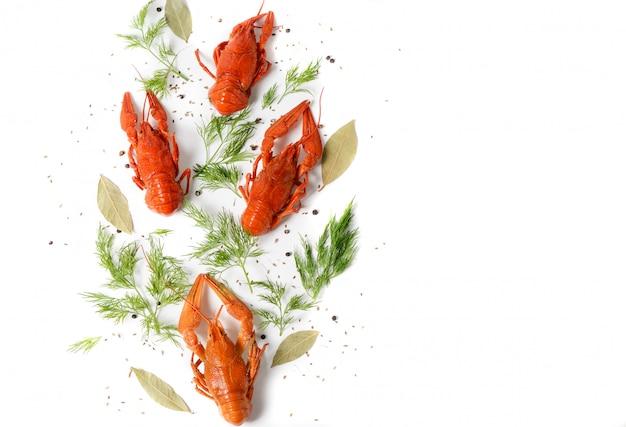 Plat De Fruits De Mer Aux écrevisses Bouillies Rouges Photo Premium