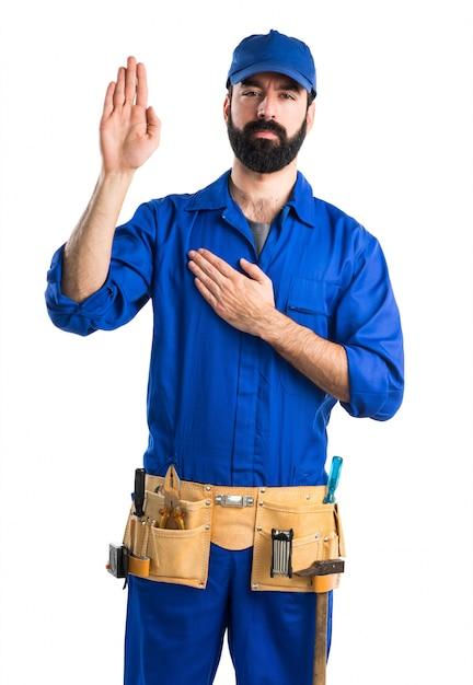 Plombier faisant serment Photo gratuit