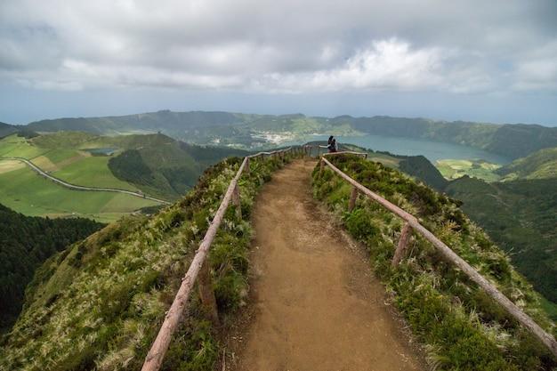 Point de vue de canario sur l'île de sao miguel, aux açores, au portugal. Photo Premium