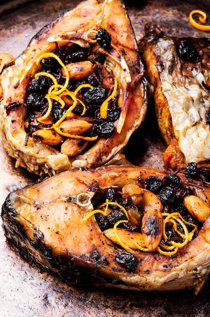 Poisson cuit au four Photo Premium